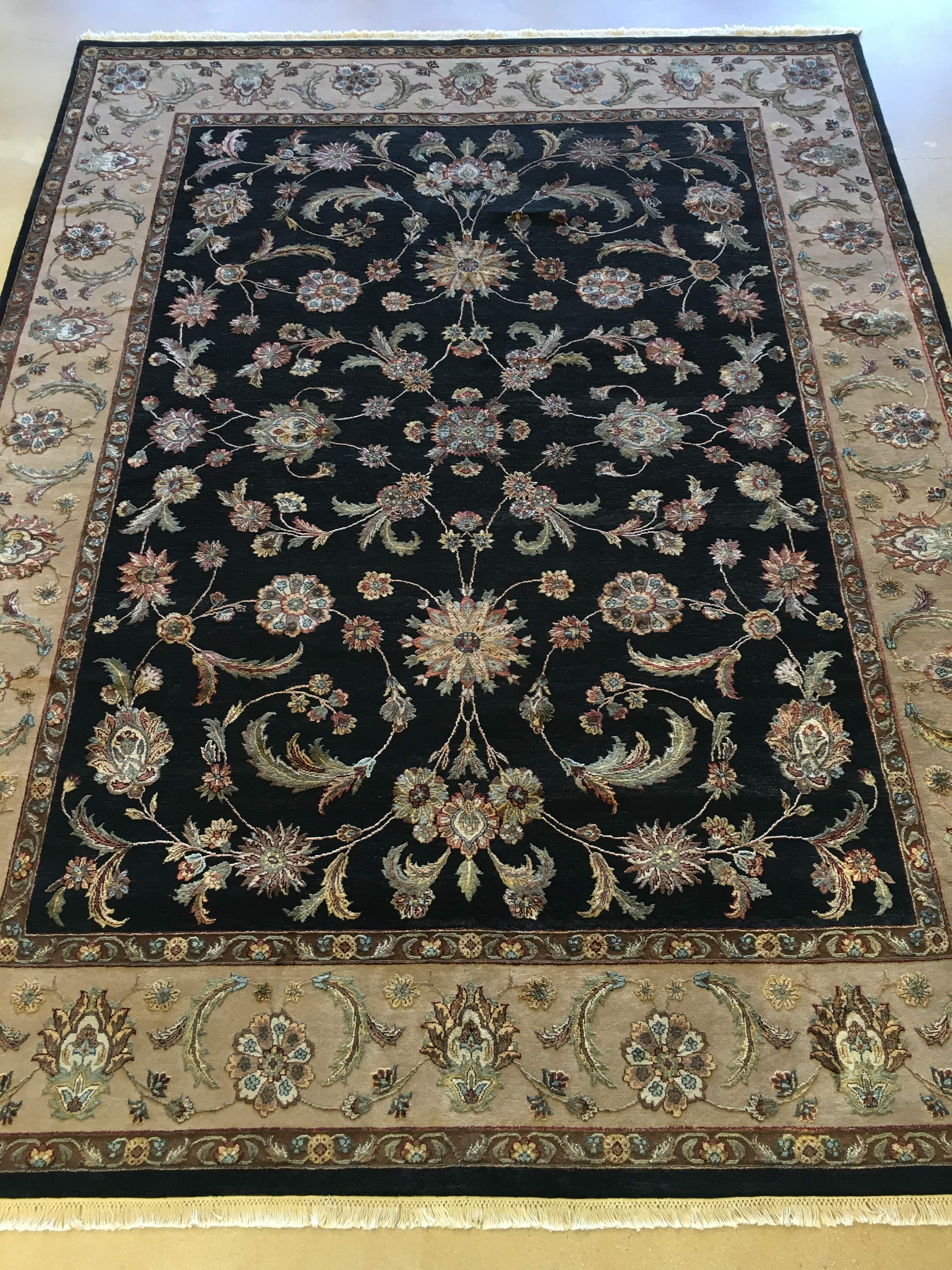 Rugs scottsdale az rugs ideas for Black and white wool rug